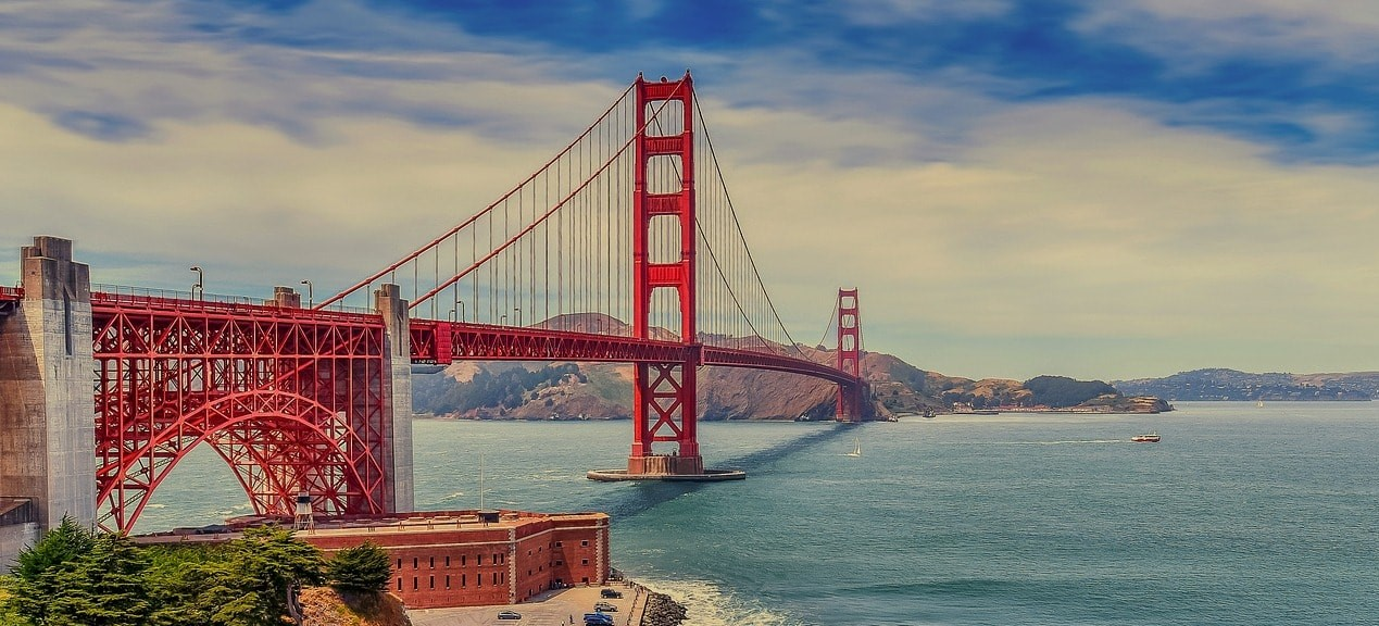 A gorgeous view of San Francisco's famous Golden Gate Bridge